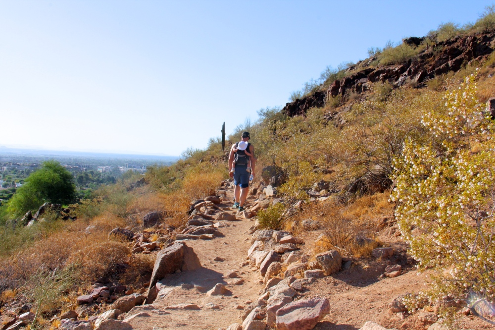 Happy Go Bliss - Camelback Mountain Hike Arizona Scottsdale